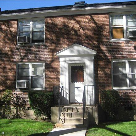 Rent this 1 bed condo on 39th Ave in Flushing, NY