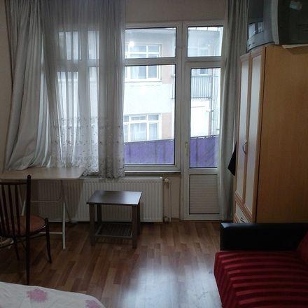 Rent this 3 bed room on Şair Talat Sokağı in 34664 Üsküdar, Turkey