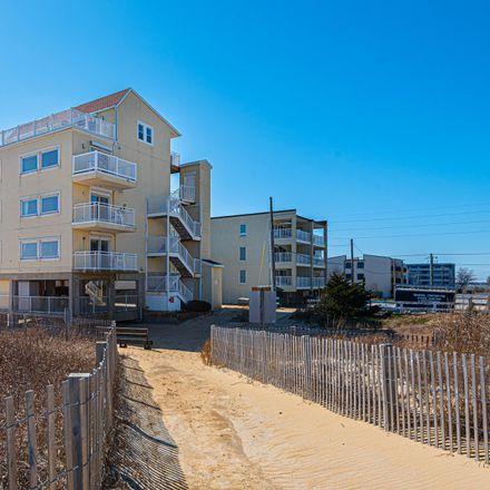 Rent this 3 bed condo on 80th St in Ocean City, MD