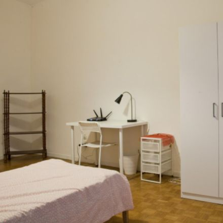 Rent this 5 bed room on Cheers in Via Migiurtinia, 00199 Rome RM