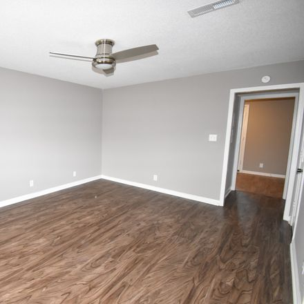 Rent this 2 bed apartment on 480 Martha Lane in Clarksville, TN 37043
