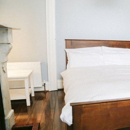 Rent this 6 bed apartment on Mountjoy Prison in North Circular Road, Inns Quay A ED