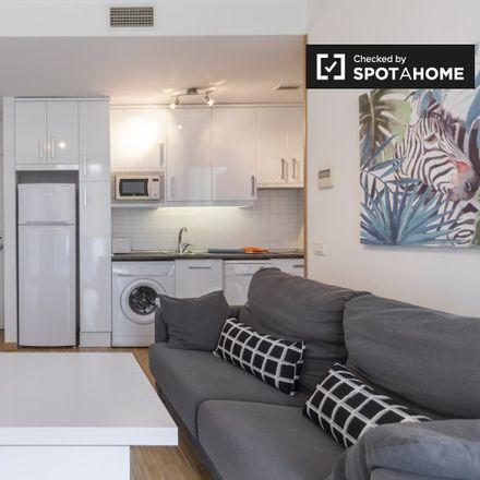 Rent this 1 bed apartment on Lope de Vega (Good value restaurant) in Calle de Lope de Vega, 28001 Madrid