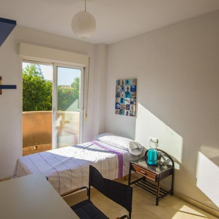 Rent this 3 bed room on Instituto Alicantino de la familia. Casa Prytz in calle Ramón de Campoamor, 03559 Sant Joan d'Alacant