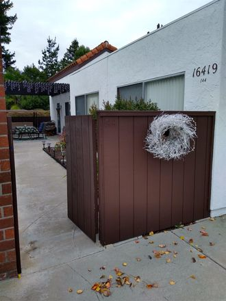 Rent this 2 bed townhouse on 16419 Caminito Vecinos in San Diego, CA 92128