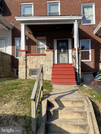 Rent this 3 bed townhouse on 518 Chateau Avenue in Baltimore, MD 21212