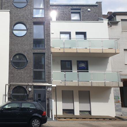 Rent this 3 bed apartment on Pongser Straße 268 in 41239 Mönchengladbach, Germany