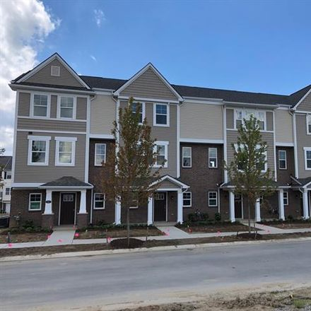 Rent this 3 bed condo on Wixom