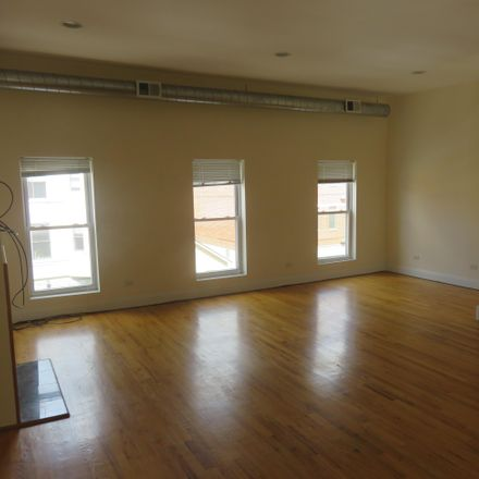 Rent this 2 bed apartment on 1647 West North Avenue in Chicago, IL 60302