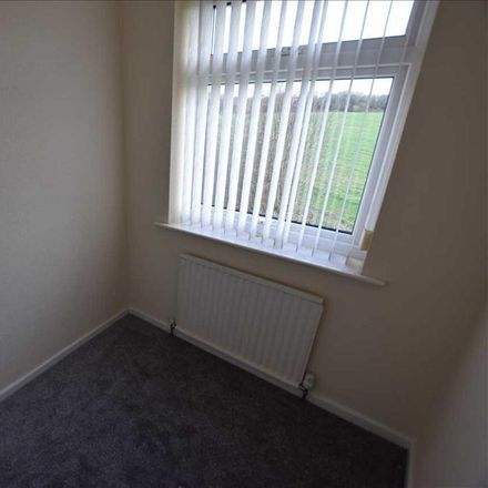 Rent this 3 bed house on Newton Avenue in Wyre FY6 8AN, United Kingdom