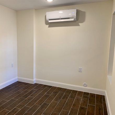Rent this 3 bed apartment on Pine St in Jersey City, NJ