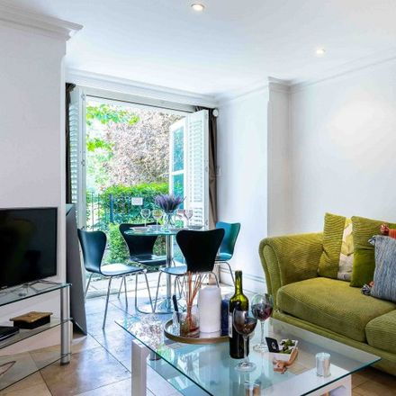 Rent this 2 bed apartment on Car Park / Outside Broadcast Compound in Brompton Park Crescent, London SW6 1SZ