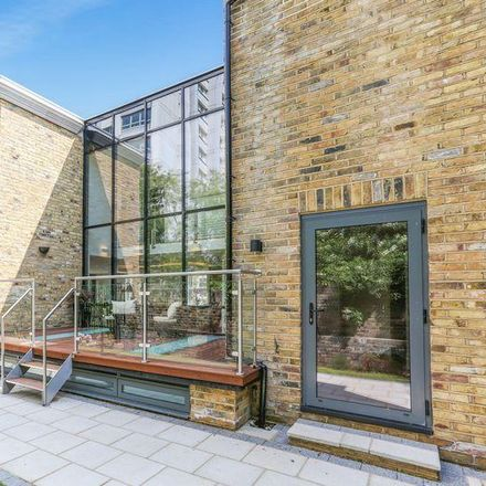Rent this 4 bed house on Rushgrove House in Rushgrove Street, London SE18 5AG