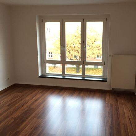 Rent this 3 bed apartment on Carl-von-Ossietzky-Straße 11 in 09126 Chemnitz, Germany