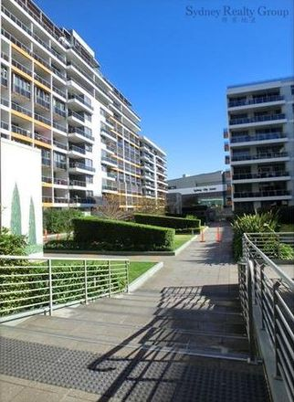 Rent this 2 bed apartment on 1214/6 Lachlan Street