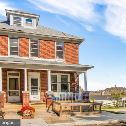 Rent this 3 bed townhouse on 417 East Maple Street in Dallastown, PA 17313