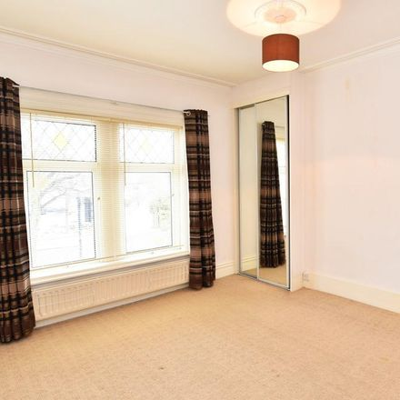 Rent this 5 bed house on Coronation Avenue in Harrogate HG2 8BX, United Kingdom