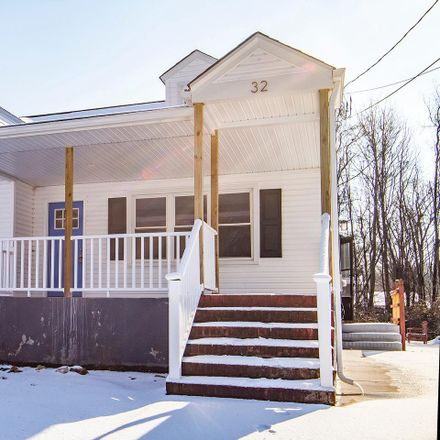 Rent this 4 bed house on 32 William Penn Avenue in Pennsville, NJ 08070