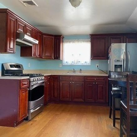 Rent this 5 bed house on 162-20 104th Street in New York, NY 11414