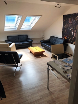 Rent this 2 bed loft on Louisenarkaden in Kisseleffstraße, 61348 Bad Homburg vor der Höhe
