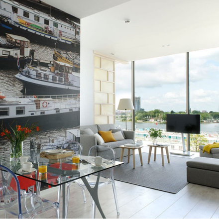 Rent this 4 bed apartment on De Ruijterkade 127 in 1011 AC Amsterdam, The Netherlands
