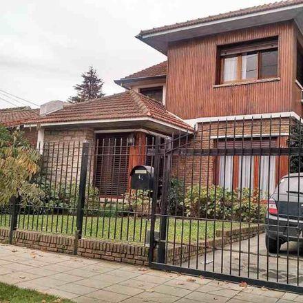 Rent this 0 bed house on Brandsen 676 in Quilmes Este, B1878 Quilmes
