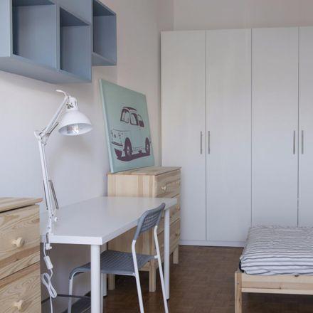 Rent this 5 bed room on Via Orti in 18, 20122 Milan Milan