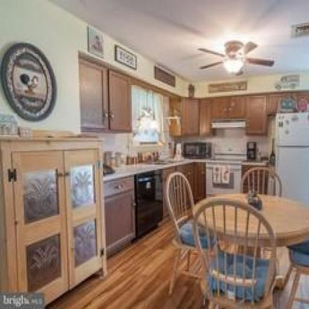 Rent this 3 bed house on 1674 Silver Spring Road in Landisville, PA 17538