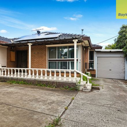 Rent this 3 bed house on 95 Berkshire Road