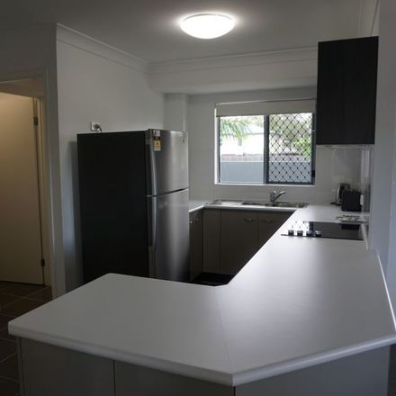Rent this 3 bed apartment on 20/6 Brisbane Street