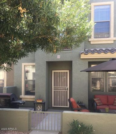 Rent this 3 bed loft on Greenfield Plaza in East University Drive, Mesa