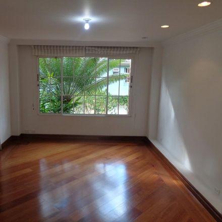 Rent this 3 bed apartment on Binn in Carrera 25, Comuna 14 - El Poblado