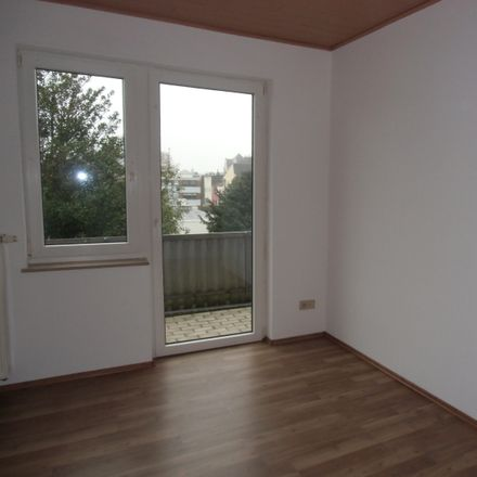 Rent this 3 bed apartment on Poststraße in 27576 Bremerhaven, Germany