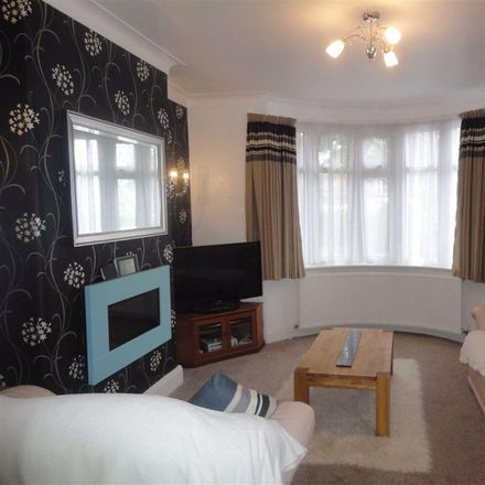 Rent this 3 bed house on Lea Road in Stockport SK8 3RD, United Kingdom