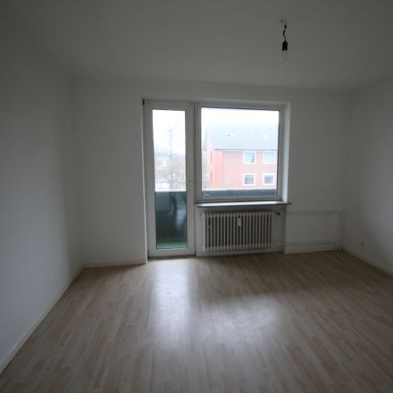 Rent this 3 bed apartment on Ilsahl in 24536 Neumünster, Germany