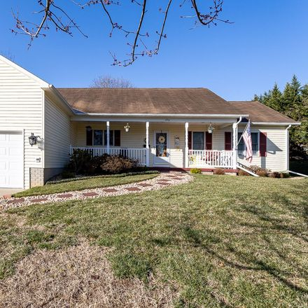 Rent this 3 bed house on 6th St in Shenandoah, VA