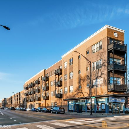 Rent this 2 bed condo on 2915 North Clybourn Avenue in Chicago, IL 60618