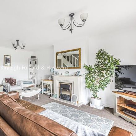Rent this 4 bed house on Mead Way in London BR2 9EU, United Kingdom