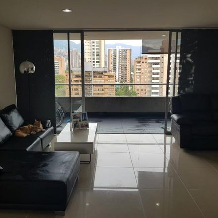 Rent this 3 bed apartment on Calle 44 in Comuna 10 - La Candelaria, Medellín