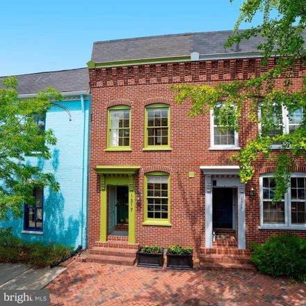 Rent this 2 bed townhouse on 1317 Prince Street in Alexandria, VA 22314