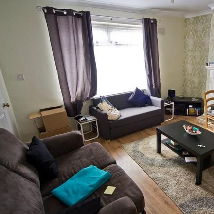 Rent this 2 bed house on 98 Manton Crescent in Wollaton NG9 2GF, United Kingdom
