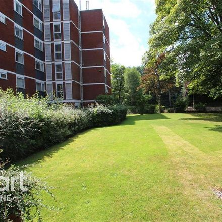Rent this 3 bed apartment on Hagley Road in Birmingham B16 9LS, United Kingdom