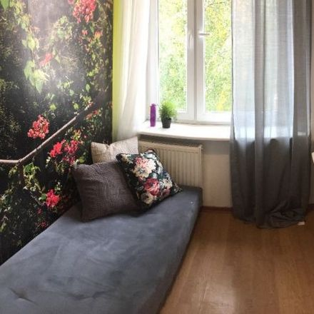Rent this 6 bed room on Stefana Żeromskiego 4 in 81-350 Gdynia, Poland