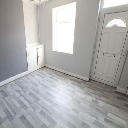 Rent this 2 bed house on Hair wise in Waterloo Street, East Staffordshire DE14 2ND