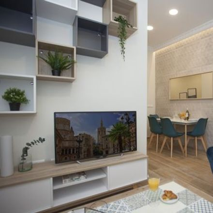 Rent this 3 bed apartment on Kuzina in Carrer del Salvador, 5
