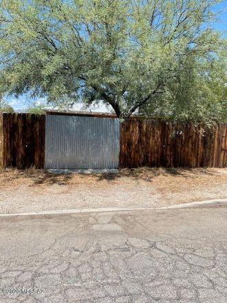 Rent this 4 bed house on 3521 East Seneca Street in Tucson, AZ 85716