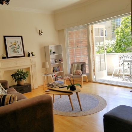 Rent this 1 bed apartment on 10/8 Larkin Street