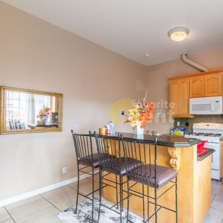 Rent this 2 bed apartment on 652 North 14th Street in San Jose, CA 95112