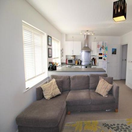 Rent this 2 bed apartment on Jubilee Drive in Ewshot GU52 8AH, United Kingdom
