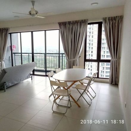 Rent this 3 bed apartment on Jalan CSR 1 in Cristal Serin Residence, 63000 Sepang